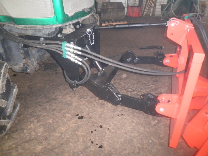 Tractor front linkages
